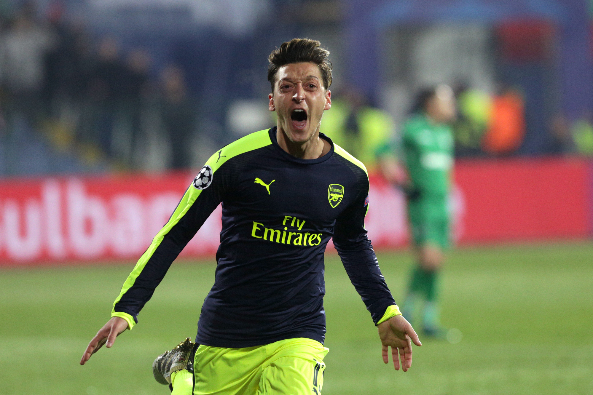 Ozil in or Ozil out?