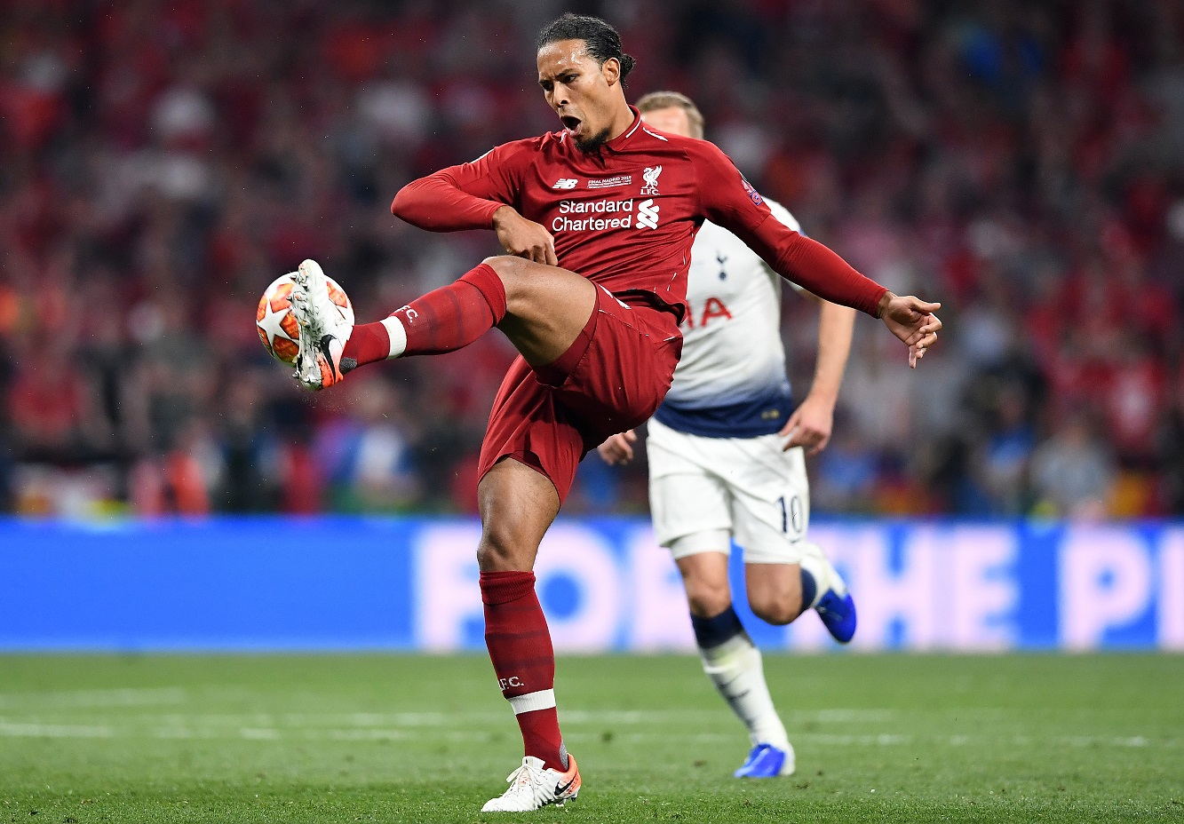 Virgil Van Dijk in action